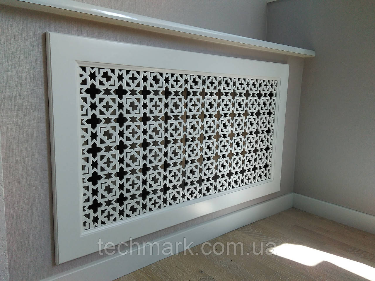 Декоративная решетка экран (фасад) на батарею отопления R19-F60