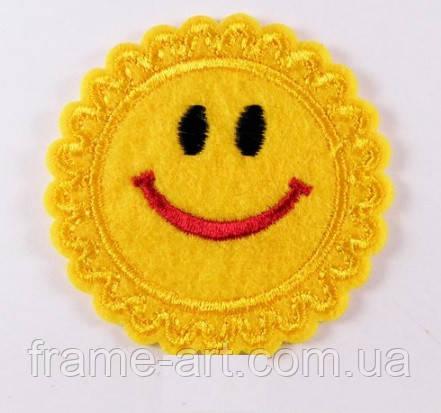 Нашивка патч, термоклеевая 50*50мм Солнце-смайл НПТ50х50