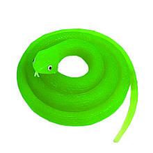 Резиновая змея 70см светонакопительная