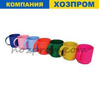 Чашка з ручкою пластикова об'ємом 0,35 л яскраві кольори первинний поліпропілен. Госптовари оптом