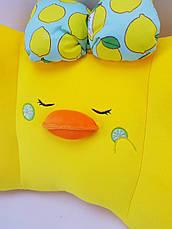 Жёлтая подушка Уточка, фото 3