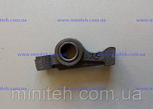 Коромысло клапана двигателя R 175/180