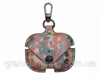 Футляр для наушников Airpod Pro Camouflage Leather Цвет Зелёно-Красный