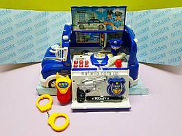 Игровой набор Полицейская машина с офицером и оружием