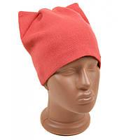 Вязанная женская шапка Кошка на флисе коралловая