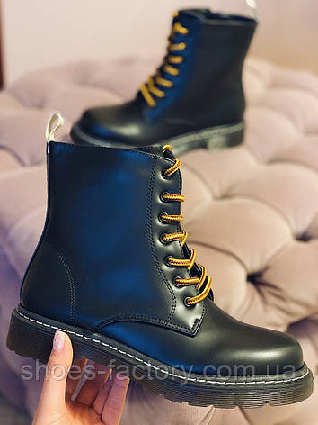 Осенние ботинки в стиле Dr. Martens Доктор Мартинс женские черные, фото 2