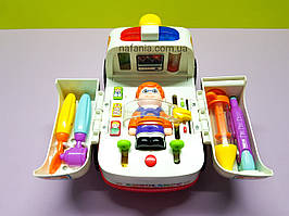 Игровой набор Скорая помощь с доктором и инструментами