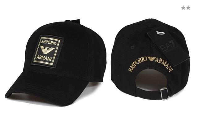 Брендовая кепка Armani