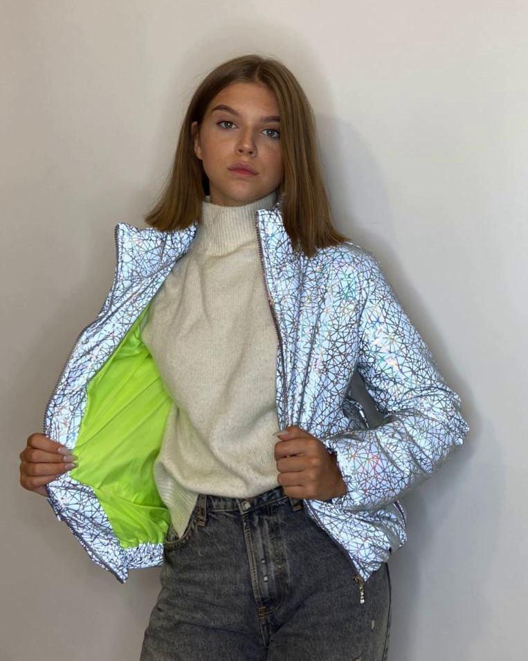 Куртка женская светоотражающая из рефлективной ткани с голографическим принтом