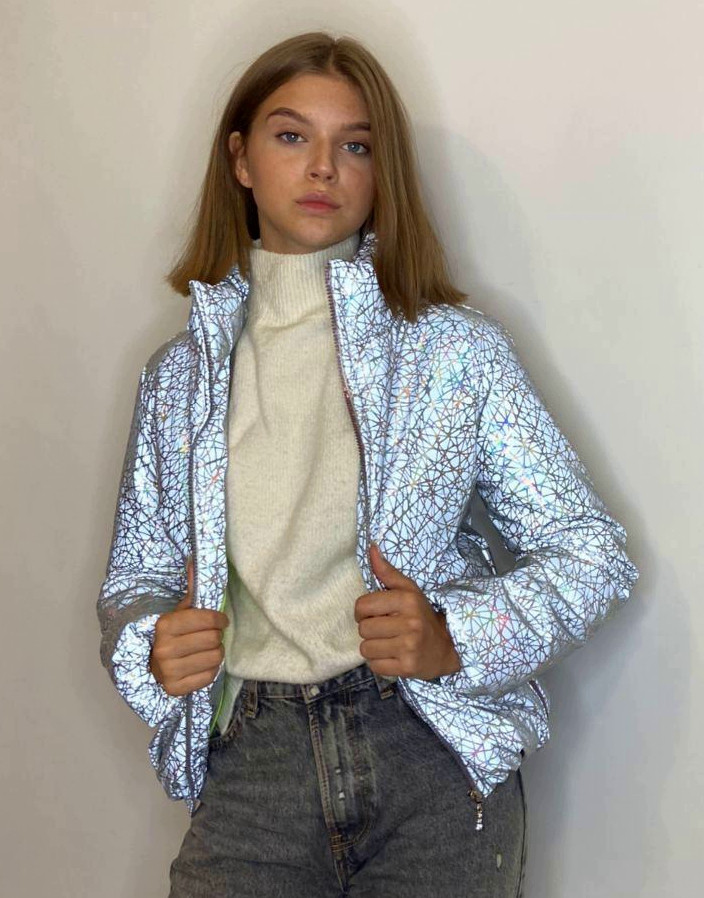 Куртка для девочки светоотражающая из рефлективной ткани подростковая с голографическим принтом Паутинка