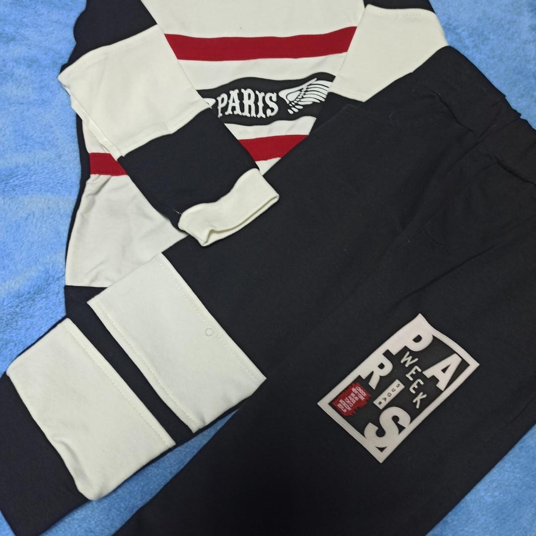 Костюм спортивный модный красивый нарядный оригинальный  для мальчика. Рукав низ кофты и штаны на манжете.