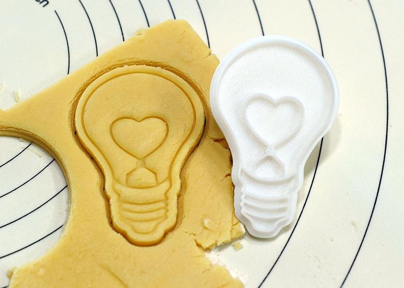 3Д Формочка до Дня Закоханих Серце-пончик   Вирубка на день святого Валентина   Вирубка для пряників
