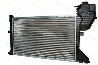 Радиатор охлаждения Sprinter / Мерседес Спринтер 2.2-2.7 CDI с 2000 по 2006 Thermotec (Польша) D7M002TT