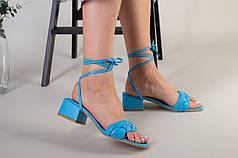 Шлепанцы-босоножки женские кожаные голубого цвета с квадратным каблуком