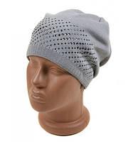Серая вязянная шапка с флисовой подкладкой Стразы