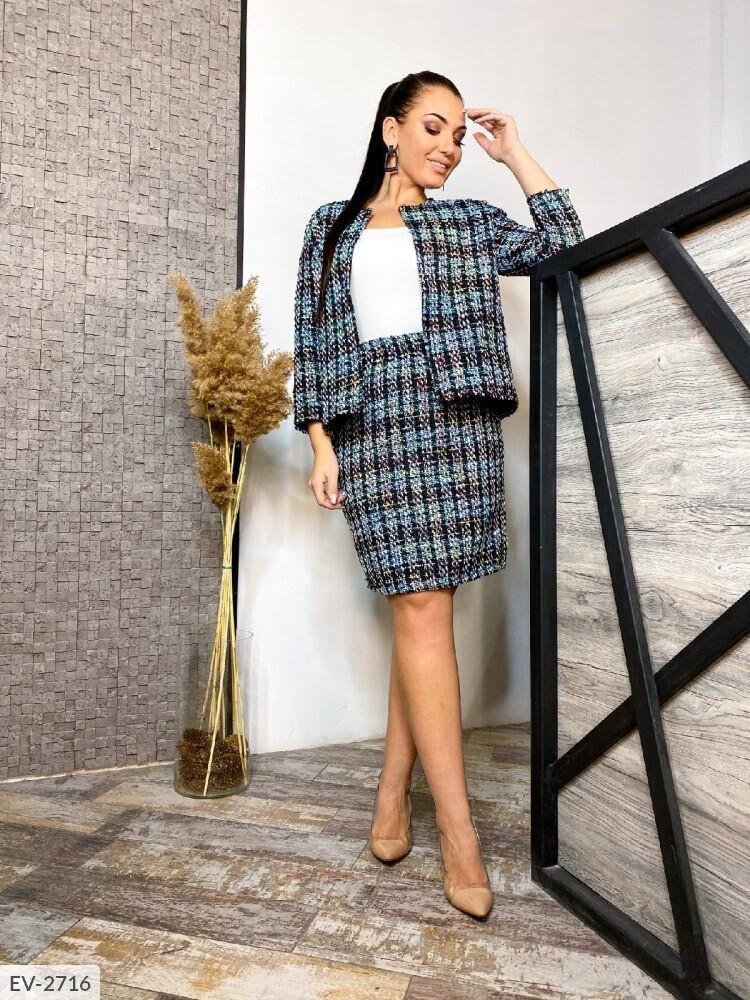 Женский костюм с юбкой из букле (Батал)