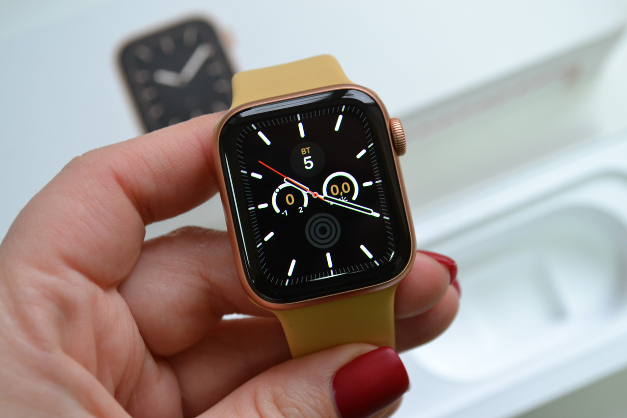 Смарт-часы Apple Watch Series 5 40mm A2092 Gold Aluminium (GPS) Оригинал!