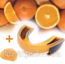 Капа боксерская взрослая для защиты зубов с ароматом апельсина (цвет оранжевый) чехол в комплекте