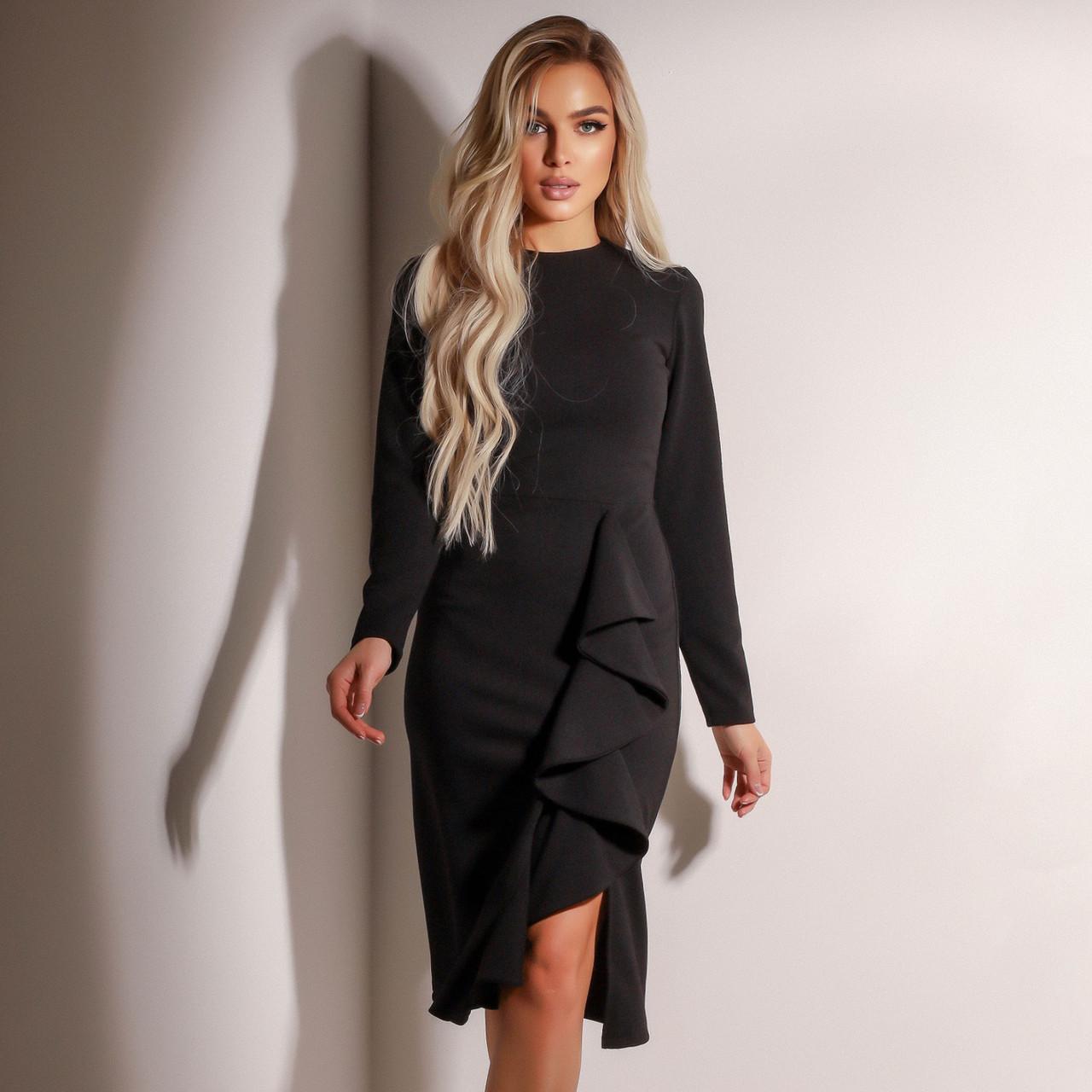 Женское чёрное платье с воланами
