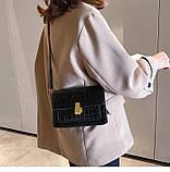 Женская классическая сумка на ремешке через плечо рептилия черная, фото 4