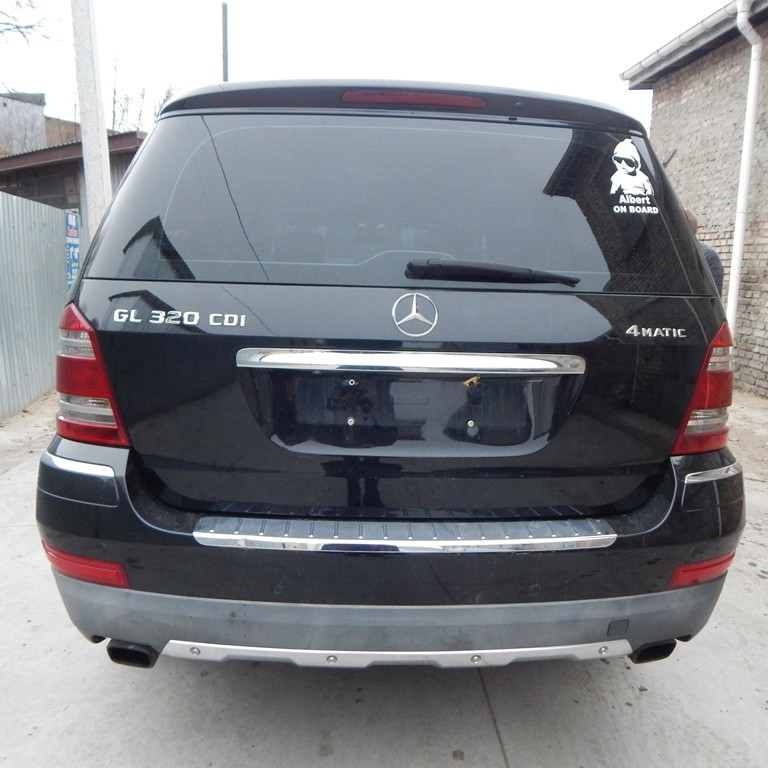 Бампер задній Mercedes GL X 164 2006 2007 2008 2009 2010 2011 2012 рр