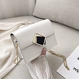 Женская классическая сумочка через плечо кросс-боди на цепочке белая, фото 5