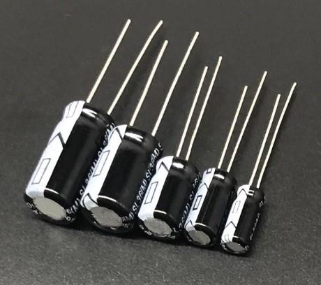 Конденсатор электролитический 1000mF х 35V