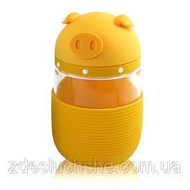Кружка з скла в силіконовій захисту з кришкою і ремінцем Piggy жовта SKL11-203688