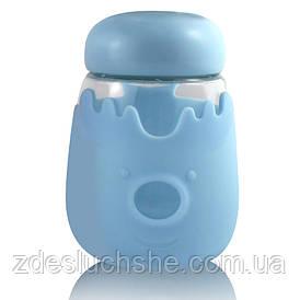 Кухоль із скла з кришкою в силіконовій захисту Sweet Feeling блакитна SKL11-203633