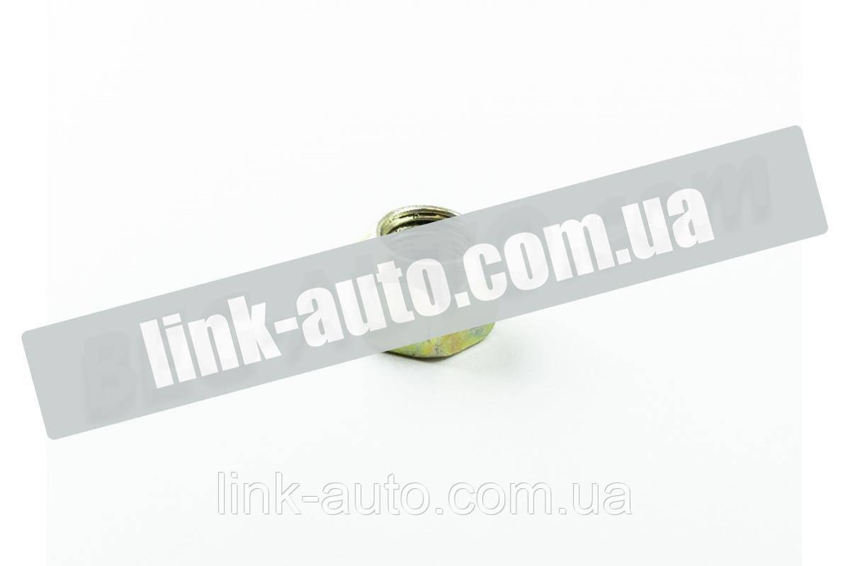 Гайка колісна 2ПТС-4 М16 ліва