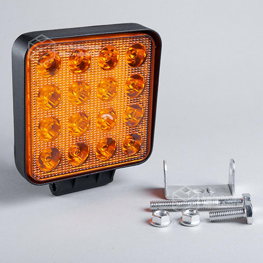 Фара LED квадратная 48W, 16 ламп, широкий чистый желтый луч + стробоскоп