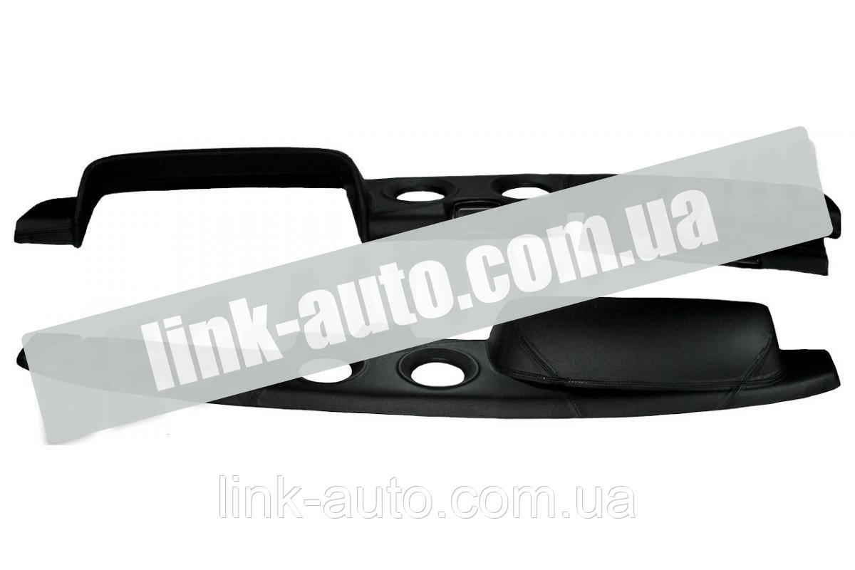 Накладка панели приборов обшитая ВАЗ 2121 черная