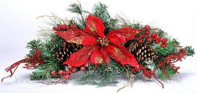 Новогоднее украшение с цветком, шишками и ягодами, 60см