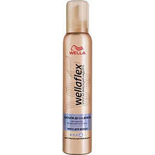 Мусс для волос Wella Wellaflex Объём до 2-х дней Экстрасильная фиксация 200 мл 4138