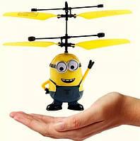 ИГРУШКА Летающий миньон, интерактивная игрушка - вертолёт