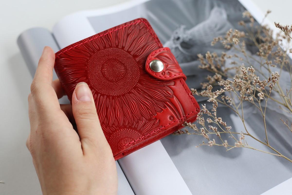 Маленький кожаный кошелек женский Подсолнух красный, Восточный узор, Цветы Солнце Петриковка Птицы Коты
