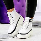 Молодежные яркие белые удобные женские ботинки с черным декором, фото 10