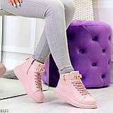 Розовые женские кроссовки на флисе с ремешком на щиколотке и навесными замочками, фото 8