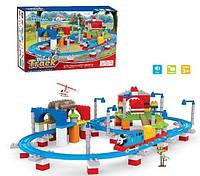 Железная дорога-конструктор для детей с Паровозиком Томасом, вертолетом со звуковыми эффектами и аксессуарами