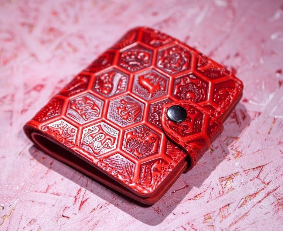 Маленький кожаный кошелек женский Медовые соты красный, Перо, Восточный узор Цветы Подсолнух Солнце Птицы Коты