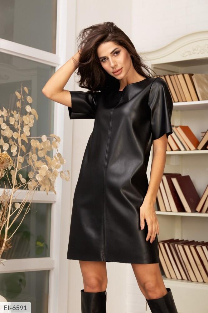 Короткое платье из эко кожи (Батал)