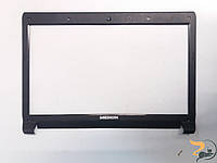 Рамка корпуса для ноутбука Medion Akoya E6228, MD98980, 13N0-ZKP0H01, Б/В. Тріщина на рамці (фото).