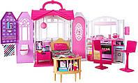 """Игровой набор Переносной Домик для куклы Барби с мебелью и аксессуарами - Barbie""""s Glam Getaway House CHF54, фото 1"""