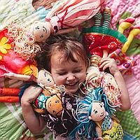 Ученые ответили, как игра в куклы влияет на мозг ребенка