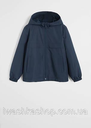 Водонепроницаемая синяя куртка ветровка на мальчика 7 лет, р. 122, Mango