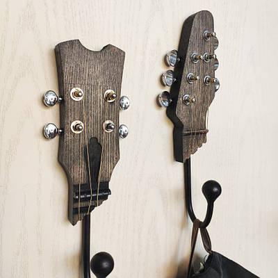 Настенный крючок для одежды Гитара