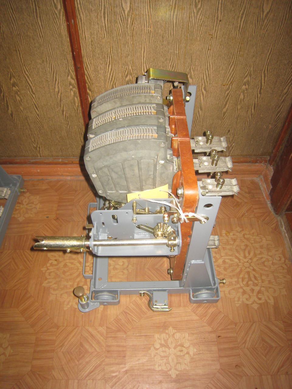 Выключатель АВМ10 АВМ10СВ АВМ10НВ 1000А выкатной с ручным приводом