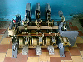 Вимикач АВМ15 АВМ15С АВМ15Н 1500А стаціонарний з електроприводом