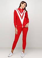 Красный демисезонный костюм брючный
