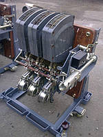 Вимикач АВМ20 АВМ20С АВМ20Н 1000А 1250А 1500А 2000А стаціонарний з електроприводом